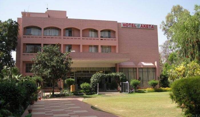 Hotel Aketa - Search available rooms for hotel and hostel reservations in Dehra Dun, best hotels for parties 9 photos