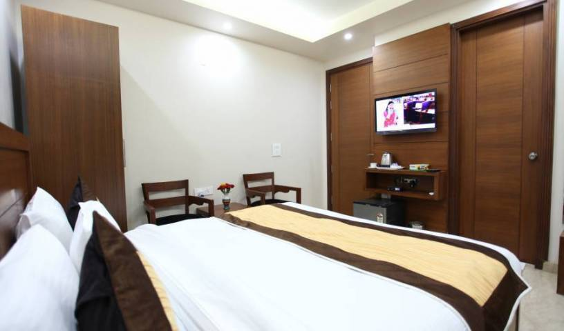 Hotel HC Grand - Get low hotel rates and check availability in New Delhi 32 photos