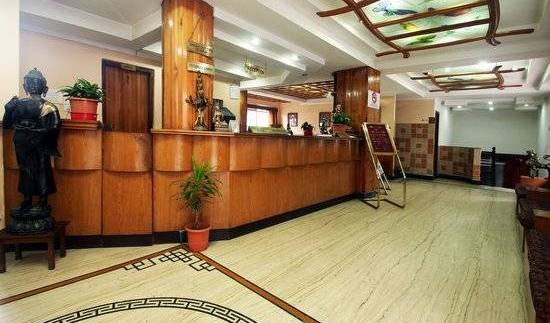 Hotel Sikkim Continental - Get low hotel rates and check availability in Gangtok, all inclusive resorts and vacations in D?rjiling (Darjeeling), India 4 photos
