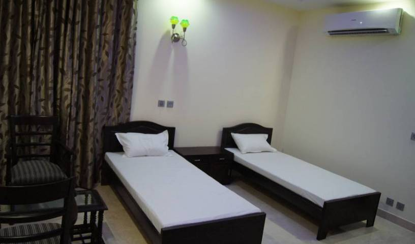 Kapoor Residency - Get low hotel rates and check availability in Noida, Uttar Pradesh 7 photos