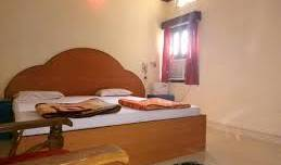 Mohit Paying Guest House - Search for free rooms and guaranteed low rates in Varanasi 4 photos