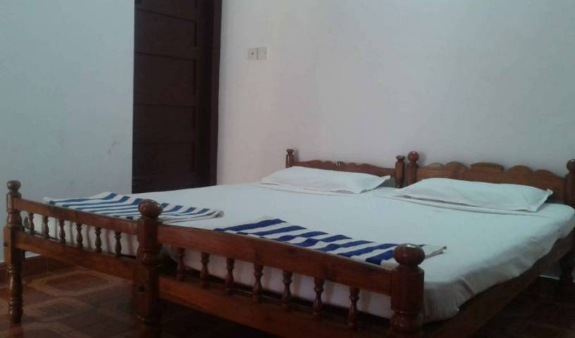 Rajapark Beach Resort - Get low hotel rates and check availability in Varkala, low cost hotels in Varkala, India 9 photos