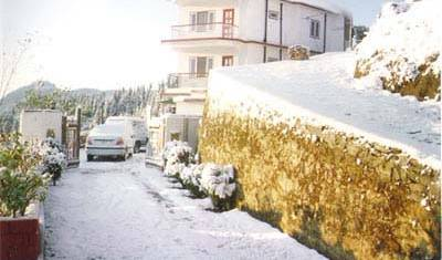 Sunrise Villa Shimla - Search for free rooms and guaranteed low rates in Shimla 7 photos