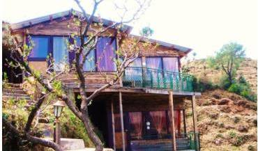 The Jewel Valley Chalets, best places to eat near my youth hostel or backpackers 7 photos