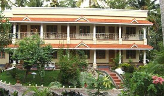 Varkala Inn - Get low hotel rates and check availability in Varkala, hotel bookings 4 photos