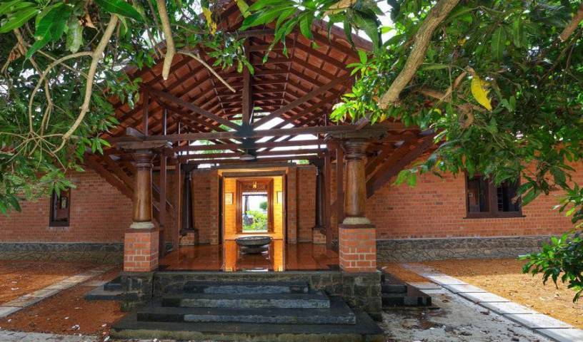 Vinca Lake House - Search for free rooms and guaranteed low rates in Kumarakom 13 photos