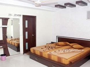 Hotel Balaji Deluxe, New Delhi, India, India hostels and hotels
