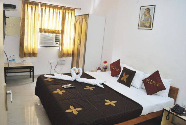 Hotel Deepak, Jaipur, India, India hotels and hostels