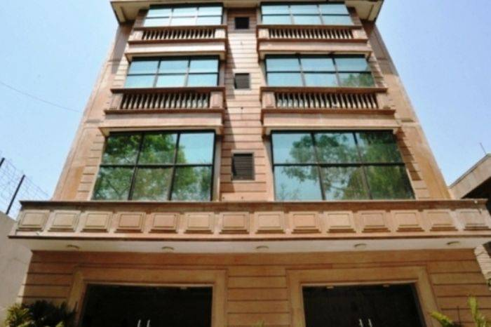 Hotel Emarald, Connaught Place, India, India hotels and hostels