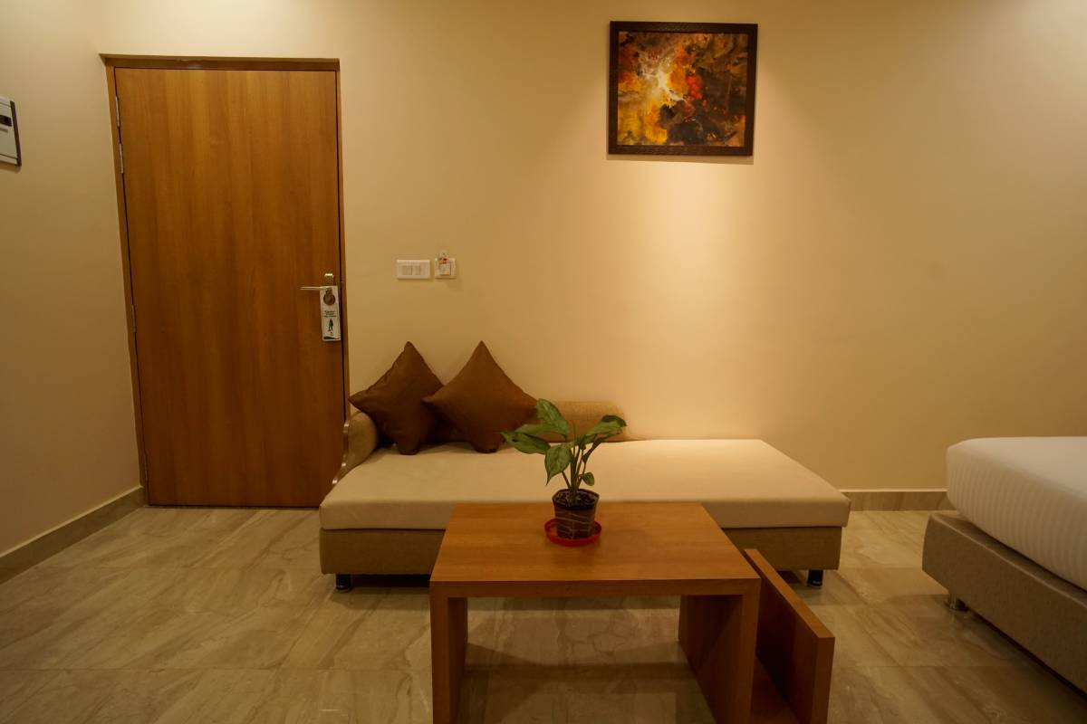 Hotel Kanha Residency, Allahabad, India, India hostels and hotels