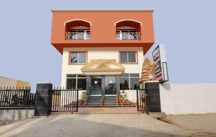 Hotel Pushpa (Berries Group Of Hotels), Puri, India, India hotels and hostels