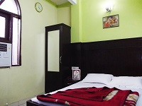 Hotel Shreeram Deluxe, Delhi, India, hostels and places to visit for antiques and antique fairs in Delhi