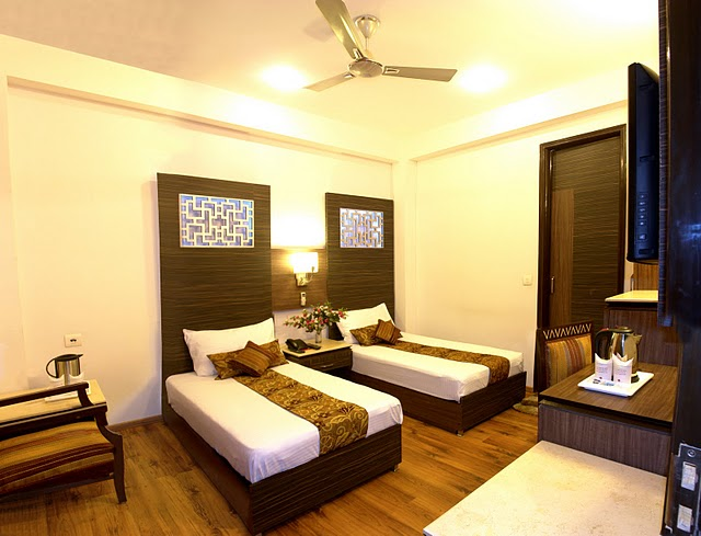 Hotel Sunstar Heights, New Delhi, India, alternative hotels, hostels and B&Bs in New Delhi