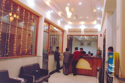 Hotel Tara Palace, Delhi, India, cheap travel in Delhi