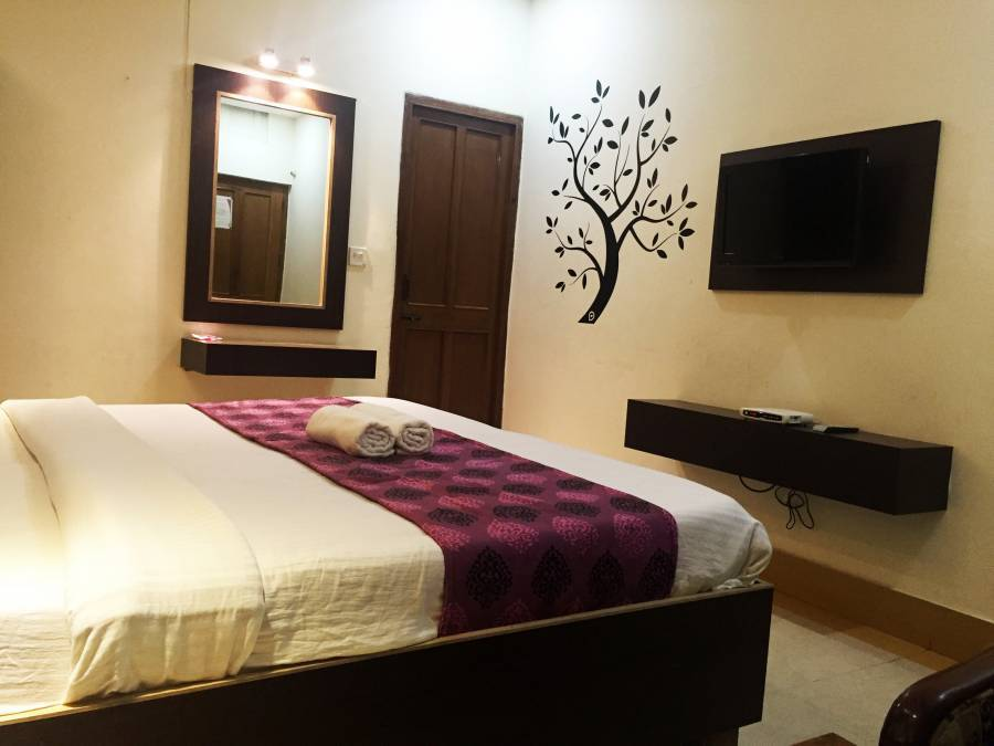 Hotel Veenus Interntional, Amritsar, India, how to use points and promotional codes for travel in Amritsar