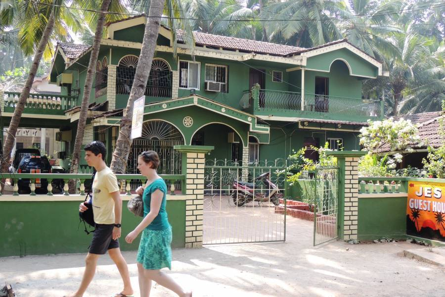Jes Guest House, Utorda, India, India hotels and hostels