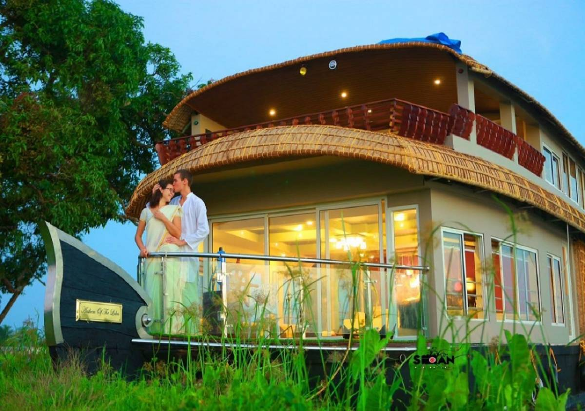 Mass Holidays, Alleppey, India, India hotels and hostels