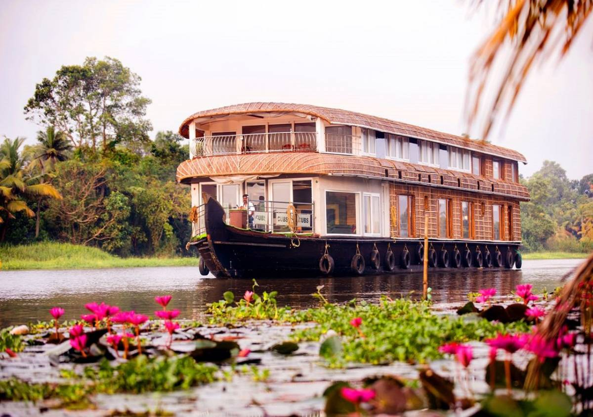 Mass Holidays, Alleppey, India, browse photos and reviews, and book a unique hotel or bed and breakfast in Alleppey