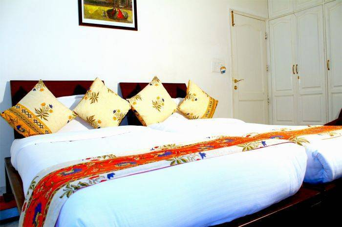 Mehra Residency At The Airport, New Delhi, India, really cool hotels and hostels in New Delhi