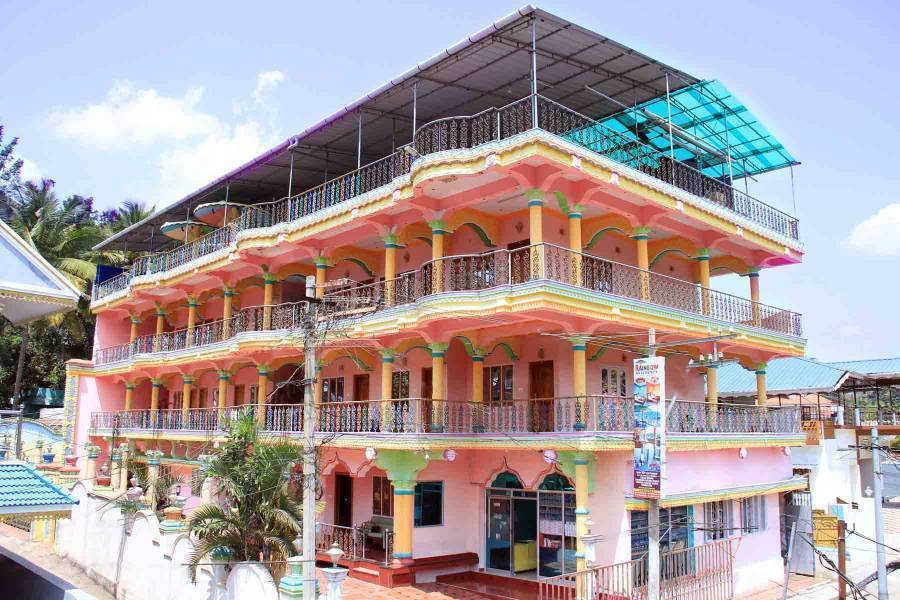 Colors Inn Hotel, Kumily, India, India hotels and hostels