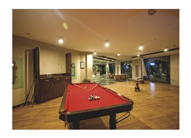River Crescent Resort, Manali, India, lowest prices and hostel reviews in Manali