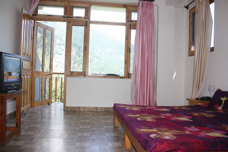 Sarthak Guest House, Manali, India, unique alternative to hotels in Manali