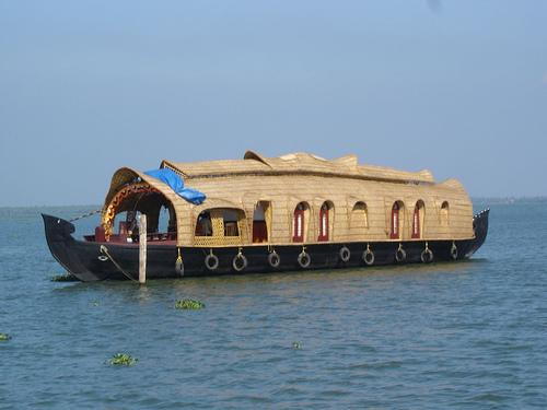 Tharavadu Houseboats, Kumarakom, India, India hotels and hostels