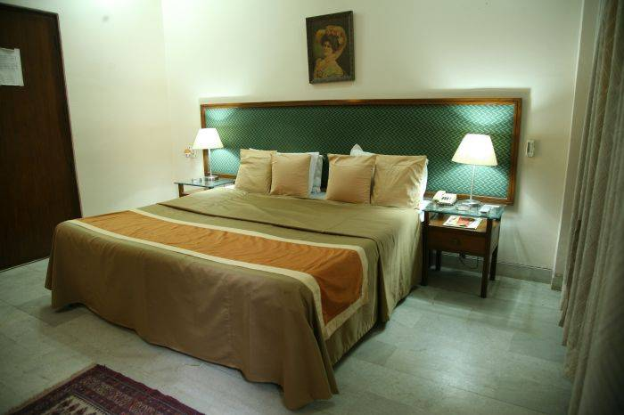 The Royal Residency Hotel, New Delhi, India, find cheap hotels and rooms at Instant World Booking in New Delhi