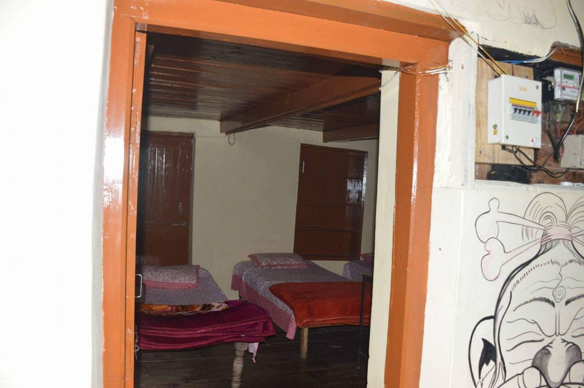 Vatika Hostel, Manali, India, book flights and rental cars with hotels in Manali