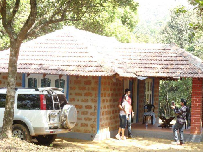 Wild Wagtail Resort, Hassan, India, find hotels with restaurants and breakfast in Hassan