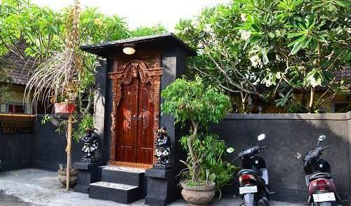 Dana Guesthouse Bali - Get low hotel rates and check availability in Kutabali, holiday reservations 25 photos