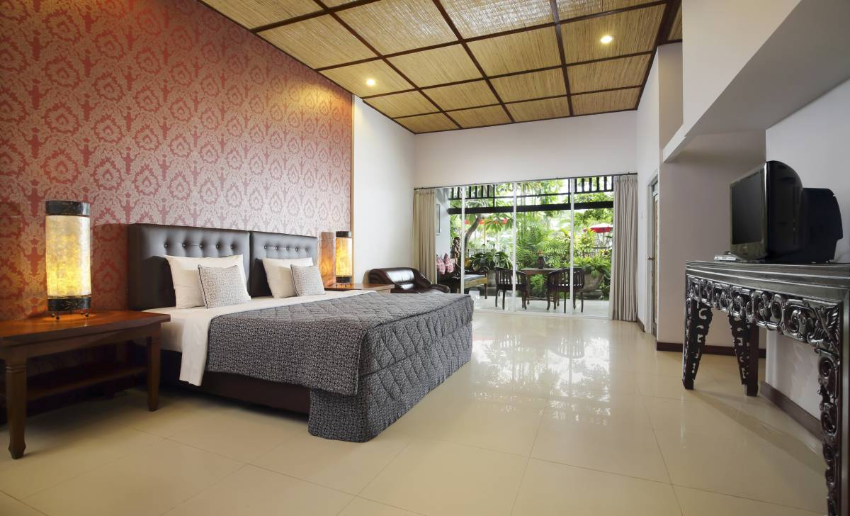 Taman Harum Hotel, Ubud, Indonesia, stay in a hotel and meet the real world, not a tourist brochure in Ubud