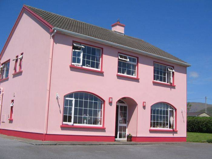 Brownes Bed and Breakfast, An Daingean, Ireland, Ireland hotels and hostels