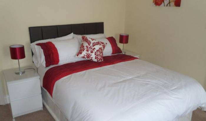Cassidy's Bed and Breakfast - Get low hotel rates and check availability in Drogheda 3 photos