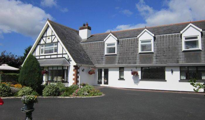Lurriga Lodge - Get cheap hostel rates and check availability in Adare, easy travel 19 photos