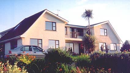 Hazelbrook Farmhouse B and B, Cahermore, Ireland, Ireland hotels and hostels