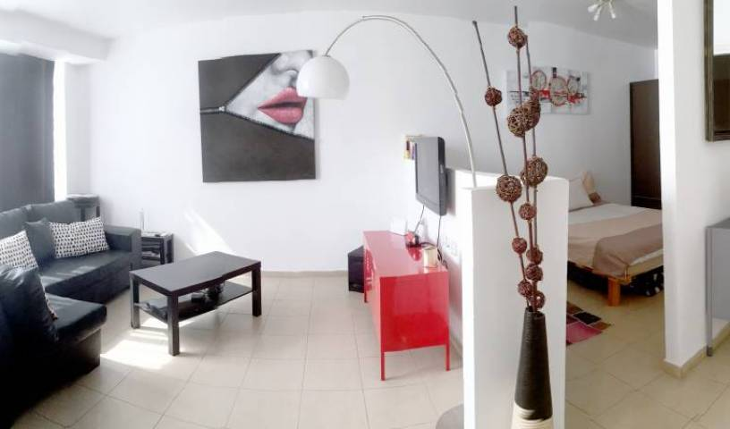 Beautiful Stylish Lft in Tel Aviv Centre - Search available rooms for hotel and hostel reservations in Tel Aviv 13 photos