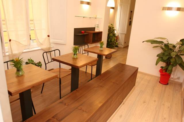 111 Bed and Breakfast, Rome, Italy, instant online reservations in Rome