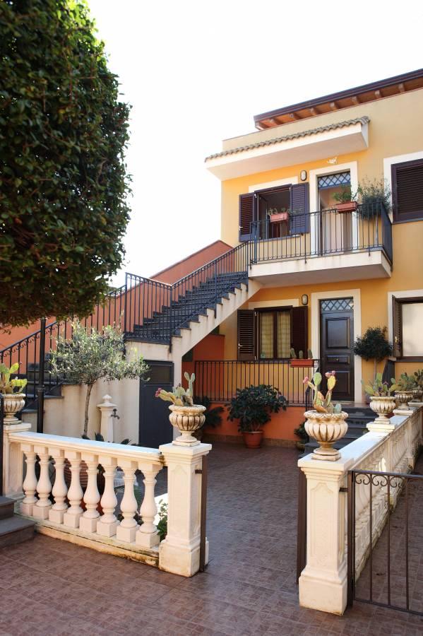 Adriana Casa Vacanze, Acireale, Italy, Italy hoteles y hostales