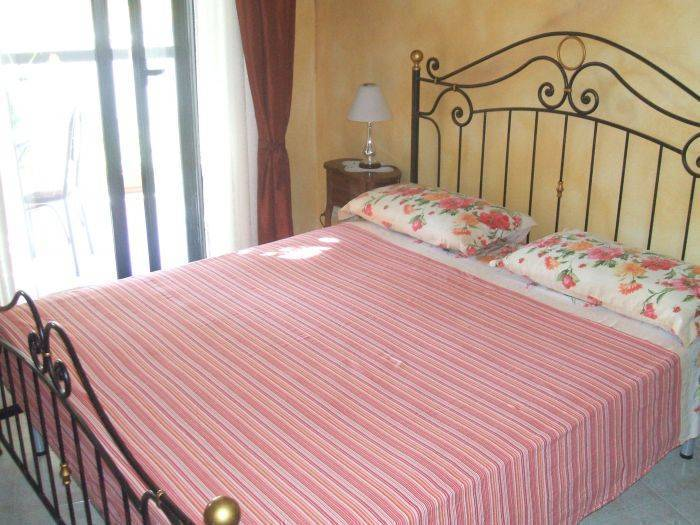 Alejandra Bed and Breakfast, Alghero, Italy, Italy hotels and hostels