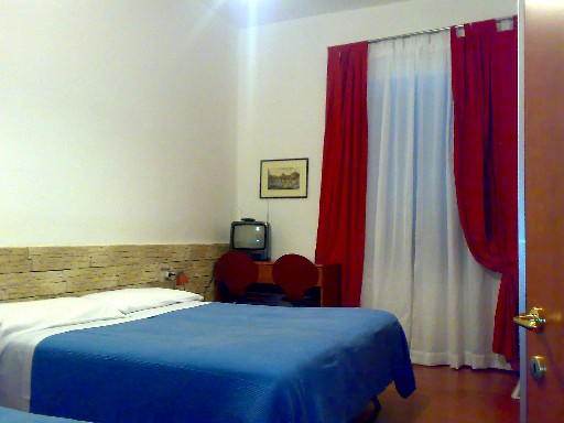 Ares Rooms, Rome, Italy, online booking for hostels and budget hotels in Rome
