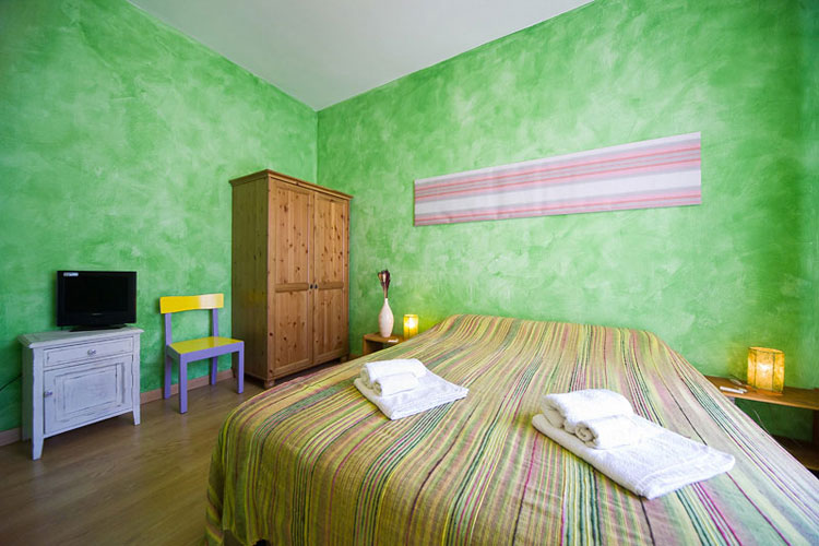 B and B Matlis, Alghero, Italy, hotels with free wifi and cable tv in Alghero