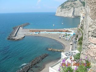 B and B Relax, Sorrento, Italy, go on a cheap vacation in Sorrento