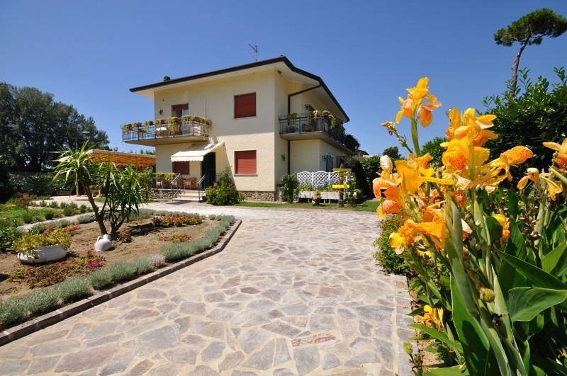 BB Miami Beach, Pietrasanta, Italy, Italy hotels and hostels