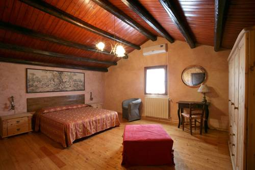 Bed and Breakfast Triskele, Trapani, Italy, tips for traveling abroad and staying in foreign hotels in Trapani