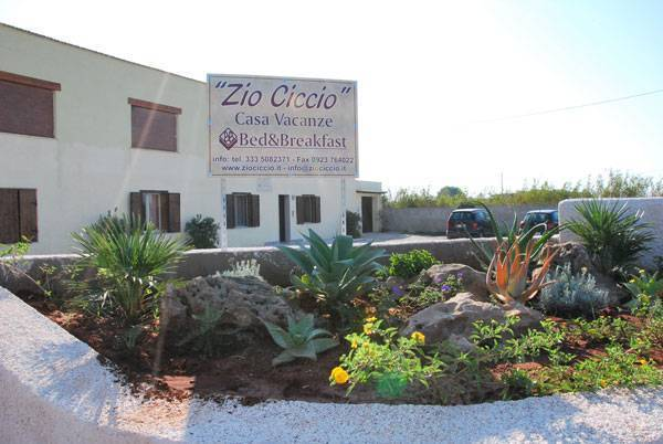 Bed and Breakfast Zio Ciccio, Marsala, Italy, Italy hotels and hostels
