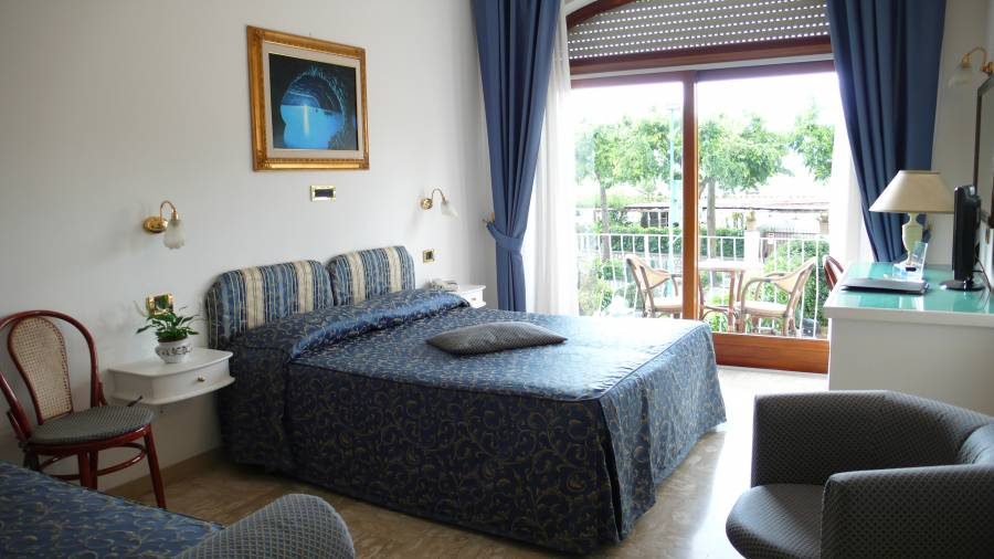 Bougainville, Anacapri, Italy, Italy hostels and hotels