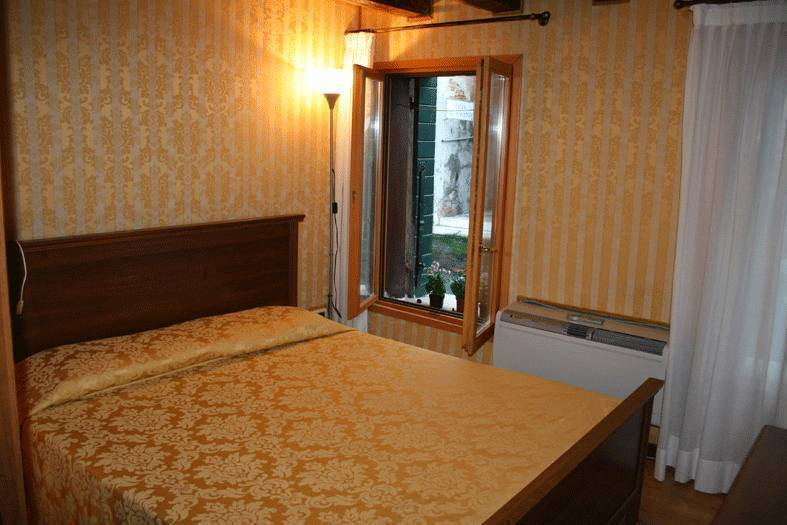 Ca' Albachiara Apartment, Venice, Italy, Italy hotels and hostels