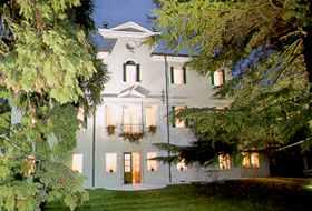 Ca' Damiani, Caneva, Italy, Italy hotels and hostels