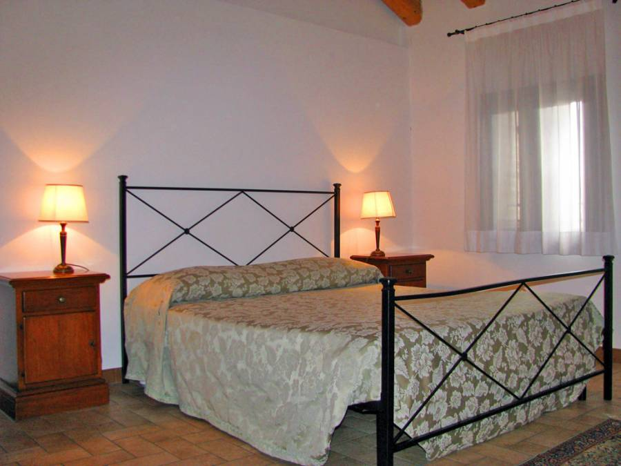 Ca' del Gelso, Breda di Piave, Italy, stay in a hotel and meet the real world, not a tourist brochure in Breda di Piave